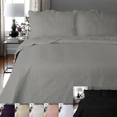 Luxury Arcade Embroidery Bed Throws Bedspread Polyester Quilted With Pillowcases