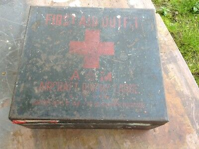 Word War 11 First Aid Outfit Empty Tin RAF