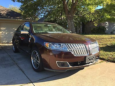 2011 Lincoln MKZ/Zephyr  2011 Lincoln MKZ Hybrid w/Premium Features