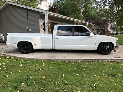 1998 Chevrolet Silverado 3500  1998 Lowered Chevy Dually 3500 454 Big Block Automatic Crew Cab Leather Truck