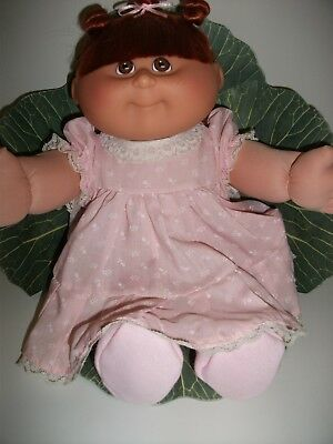 Cabbage Patch Doll 2009 Auburn Silky Hair, Brown Eyes,Freckles on Cheeks.