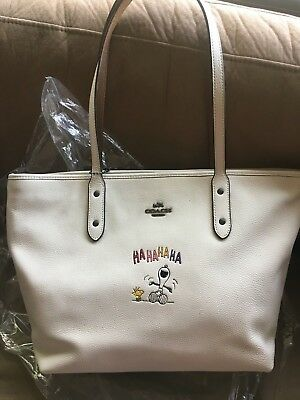 NWT Coach x Peanuts Snoopy City Zip Tote Chalk white shoulder bag carry all