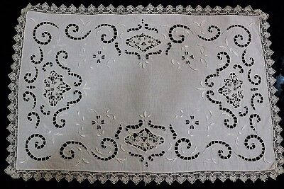 Italian Ivory Place Mat & Napkin Set, Point de  Venise Lace Inserts, Filet Lace