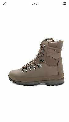British Army Altberg Defender Brown Combat Boots - Size 9 Wide (New)