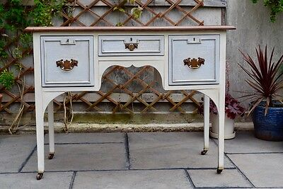 Antique Distressed Crackle-Effect Kneehole Dressing Table
