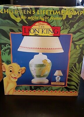 Disney's The Lion King Children's lamp in original box excellent condition glass
