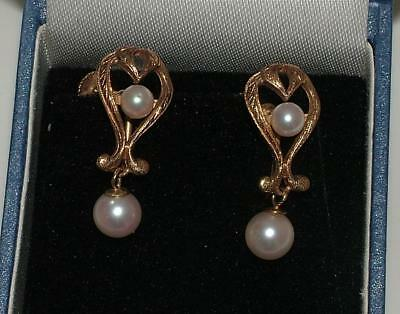 CLASSIC VINTAGE 1960's 9ct GOLD PEARL DROP SCREW BACK EARRINGS -