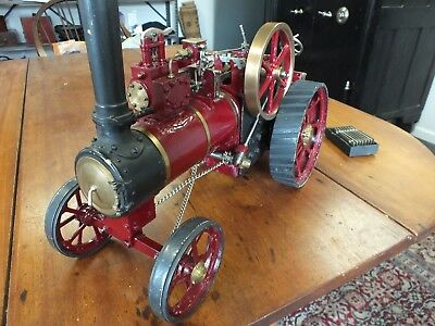 Traction Steam Engine (live steam)