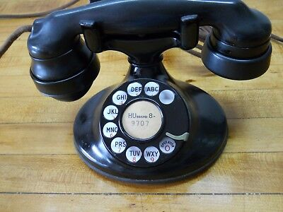 Western Electric 1937 dial telephone in working order.