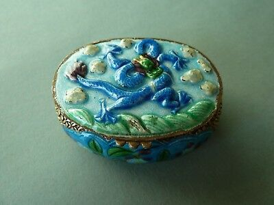 Chinese enamel small snuff or trinket box around 1900 dragon in the sky china