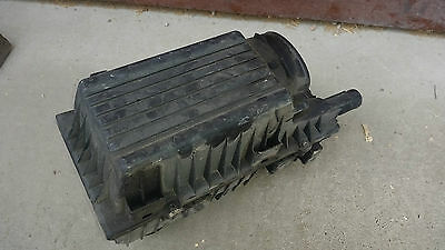 Airbox from peugeot 406 coupe V6 3.0 140 kW - 4872811