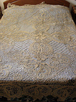 Gorgeous Antique Handmade Coverlet