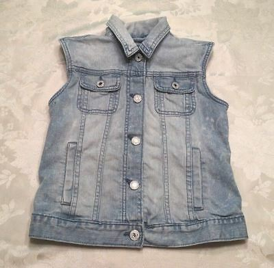 Gap Denim Vest Girls Size 10/12 Sleeveless Blue Light Wash Snap