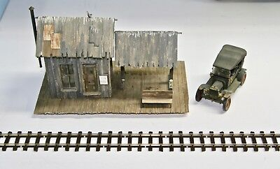 O/On3/On30 Rural Train Depot with Interior & Waiting Area & Model T Ford