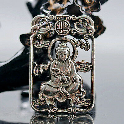 Chinese Collectable Tibet Silver Hand Carved Kwan-yin Pattern Amulet D290
