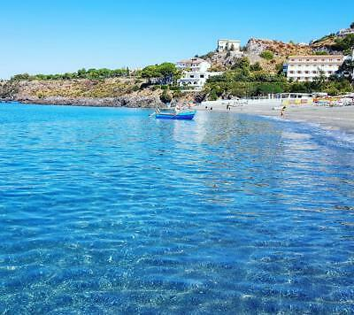 Seaside property in Italy for sale. 2 bed apartment near the beach. LOW RESERVE