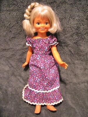 Vintage 1971 Ideal Toys Velvet Doll With Growing Hair - Original Dress