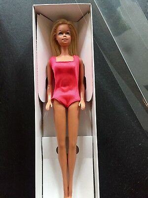Vintage TNT 1976 Sun Set Malibu Barbie Doll #1067 Korea Body