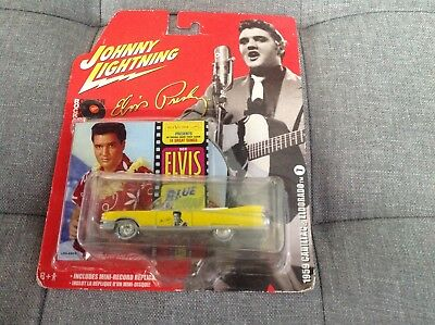 Elvis Presley Johnny Lightning Car inc mini record replica Blue Hawaii