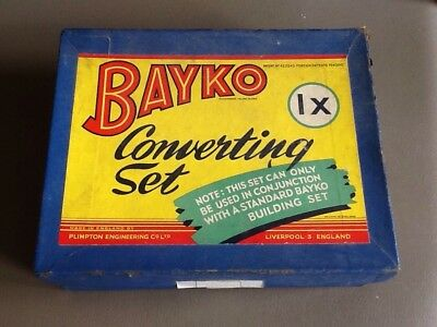 Bayko Converting set 1X with box - Almost complete