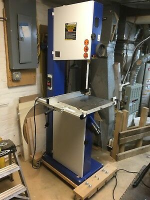 17 inch Industrial band saw.. Central Machinery