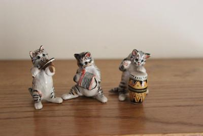 Three Figures From A Cats Band  Good Condition.