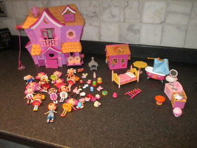 Mini Lalaloopsy House, figures and bits and pieces