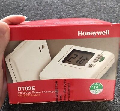 Honeywell Dt92E Wireless Room Thermostat With Eco Featu