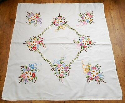 Vintage linen tablecloth Compact hand embroidered hand tied flower bouquets