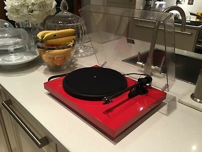 Project Debut 3 Turntable  Red
