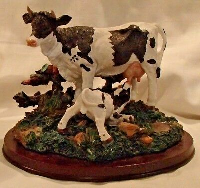 Resin Holstein Dairy Cow and Calf Sculpture Table Top Figurine Sculpture Decor