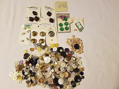 Nice Mixed Lot of Vintage Buttons sewing,crafting