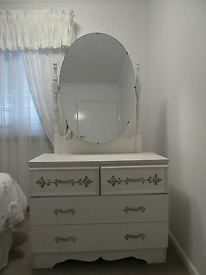 vintage dressing table