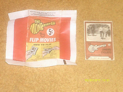 """Monkees FLIP MOVIES wrapper (VG+) and """"movie"""" (NM) 1967"""