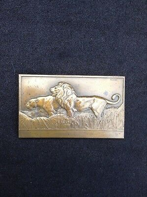 R thenot bronze of lions