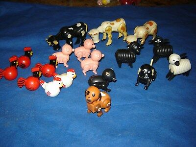 1968 Fisher Price 18pc Little People Play Family Farm #915 animals pig dog cow