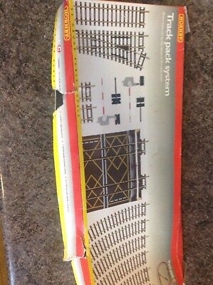 Hornby 00 Gauge Track Pack System C - R8017 - don't think it's been used