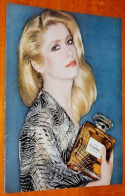 Beautiful Blonde Woman For 1978 Chanel No 5 Perfume Ad / Vintage Retro 80S