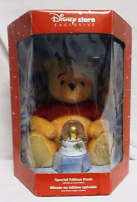 Disney  Holiday Pooh With Bonus Snow Globe Store Exclusive Special Edition!