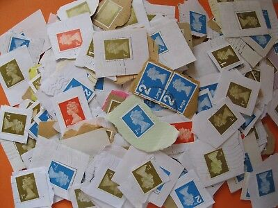 Over 400 X Gb Mixed Non Security Stamps. Used.