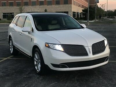 2015 Lincoln MKT Luxury Trim 2015 Lincoln Mkt 3.7 Mint Condition !!!!!Super Low Miles!!!!!