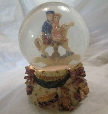 Regency fine arts Christmas Victorian Snow Globe