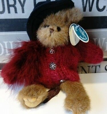 BEARINGTON BEAR VIRGINIA FOXWORTH RETIRED IN 2006. JOINTED LEGS new with tags