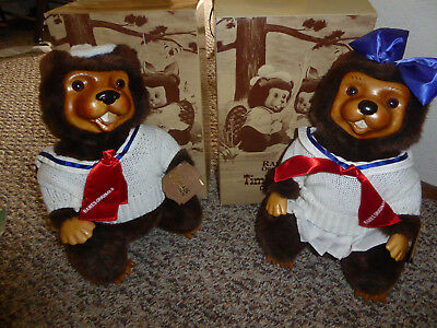 Robert Raikes  Beavers 1988 Timber Creek Collection sam and lucy new in box
