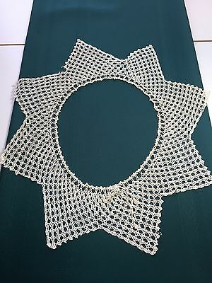 Vintage Crochet Ladies Collar in a Star Design with an Adjustable Neck Opening