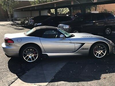 2003 Dodge Viper Convertable 2003 DODGE VIPER. THIS IS AN HP BEAST - NO RESERVE - PRICED TO SELL FAST!!!!!!