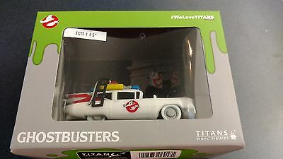 NerdBlock May 2015 Exclusive Titan Ghostbusters Ecto-1 Vinyl Car *NEW IN BOX*