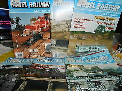 18 x Australian Model Railway Magazine 1999 to 2002 3 years complete