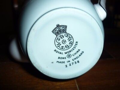 Coffee pot made in England Royal Worcester Bone china No. z2738