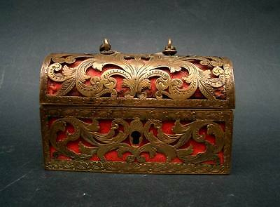 Beautiful  Miniature Jewel Casket Circa 1600-50 Italian Or French Gilt Copper!!!